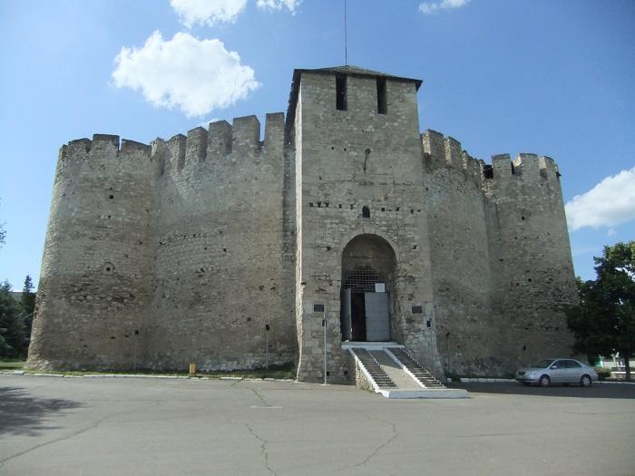 1 Soroca Fort