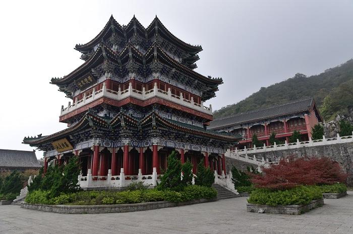 3 Tianmen Mountain