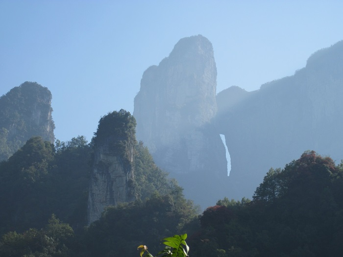 6 Tianmen Mountain