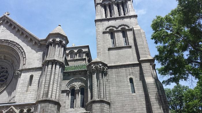 4 Louis Church