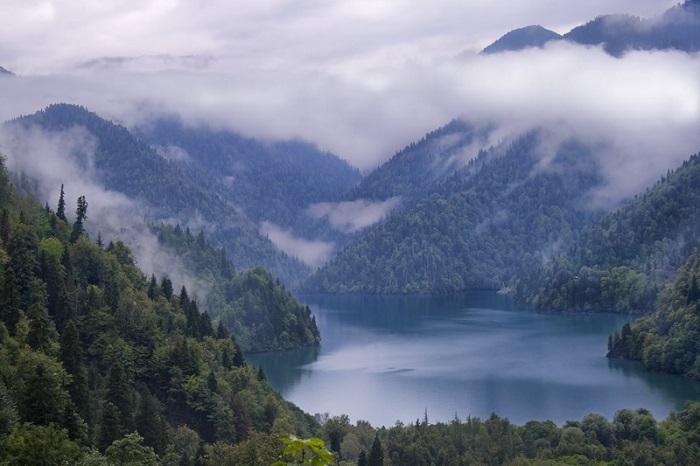 7 Ritsa Abkhazia