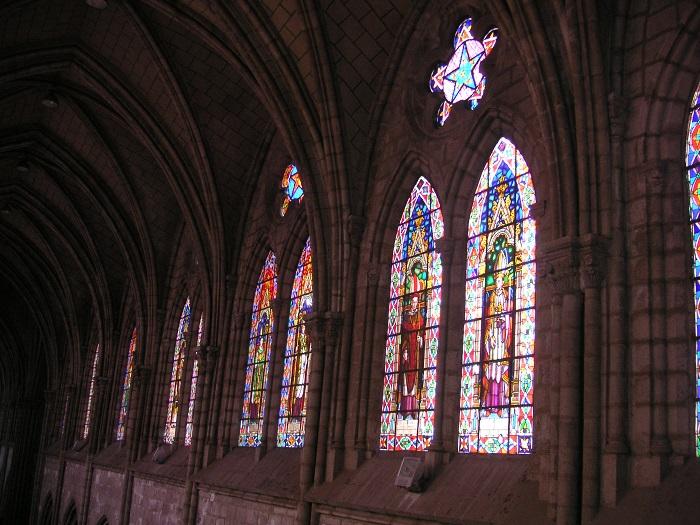 10 Quito Basilica