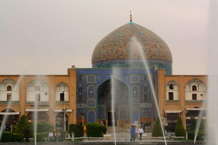 1 Lotfollah Mosque