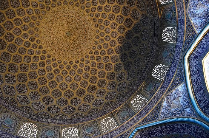 8 Lotfollah Mosque