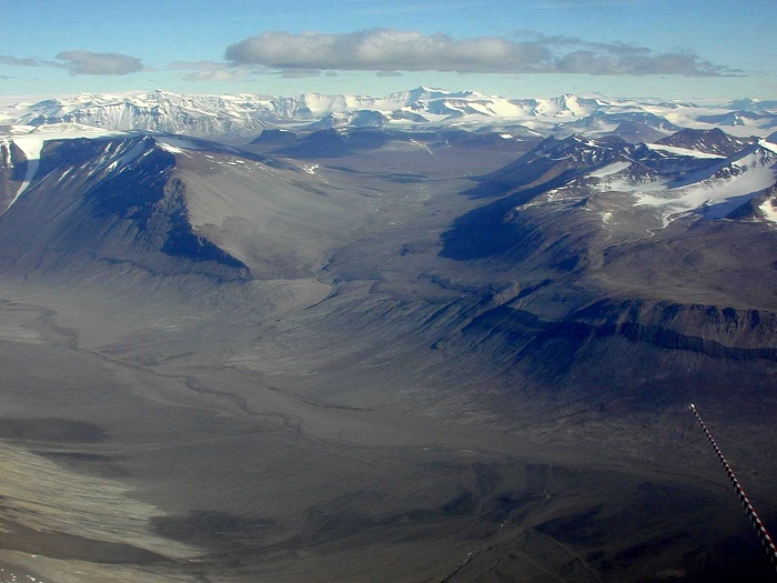 9 Dry Valleys
